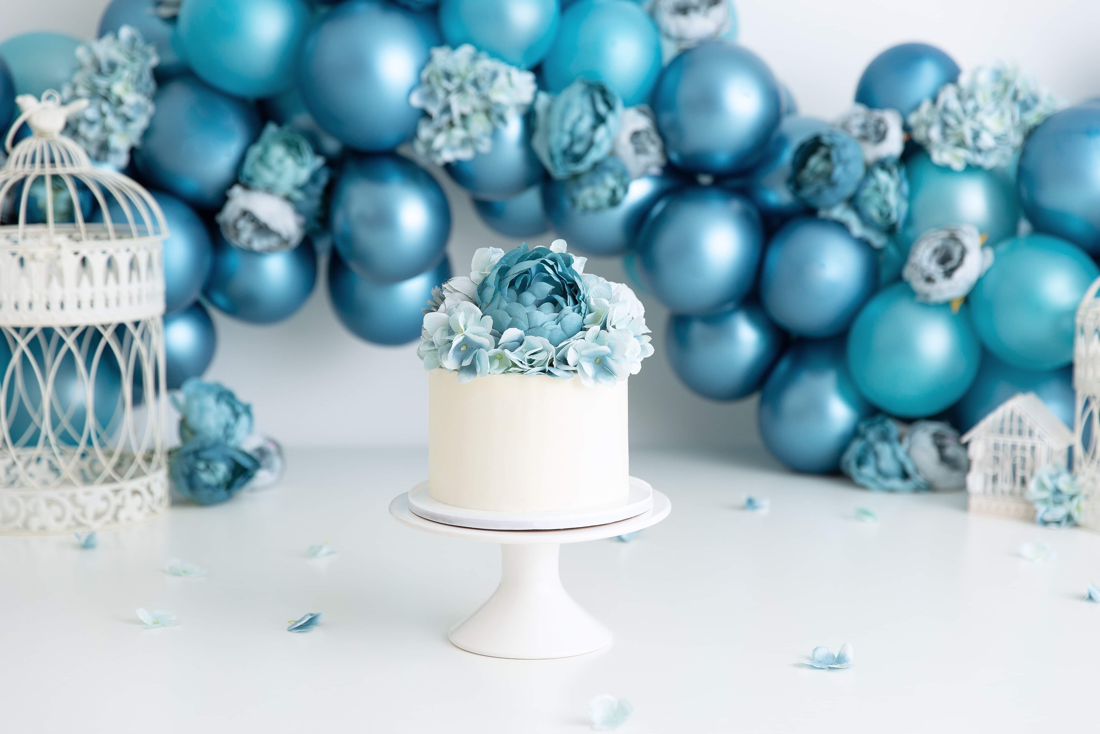 Clearwater Fl,  Custom Metalic Blue themed cake