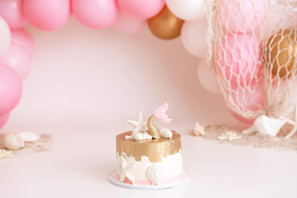 Clearwater Fl,  Custom Pink and Gold Beach Smash Cake